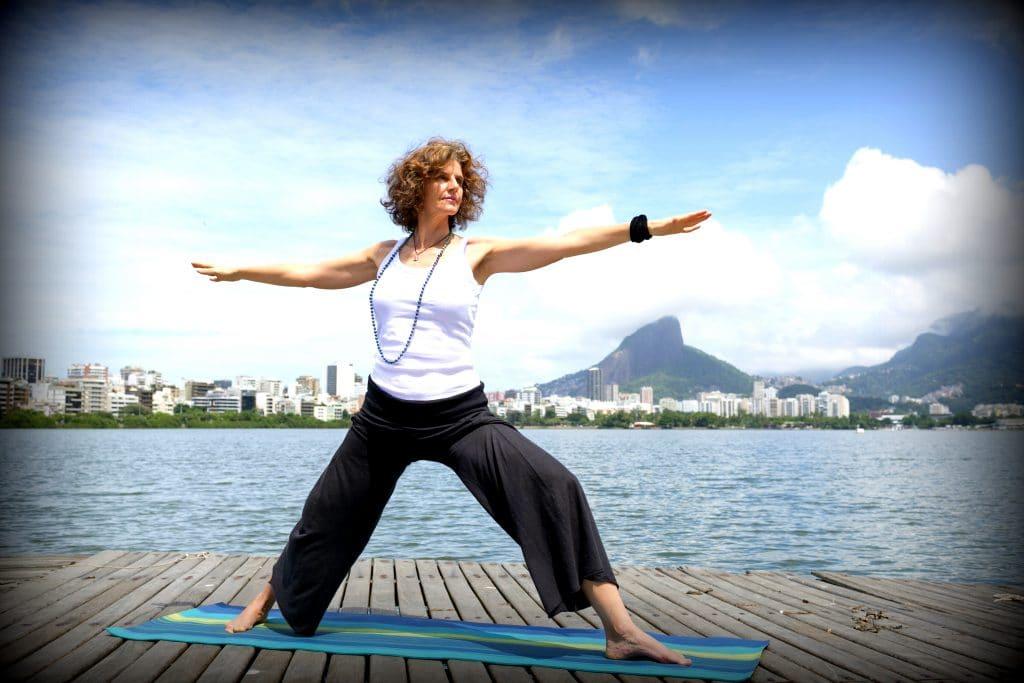 Posture du Guerrier - Dakshina Tantra Yoga