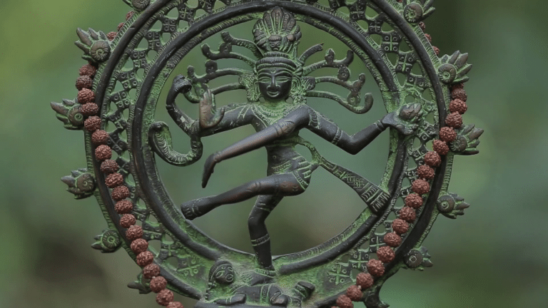 Le Dakshina Tantra Yoga   Yoga de l'énergie